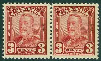 EDW1949SELL : CANADA 1928-29 Scott #151 pair Mint Never Hinged PO Fresh Cat $110