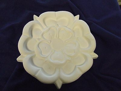 "Small Plaster Ceiling Rose 'Tudor' Design 10"" (255mm) diameter"