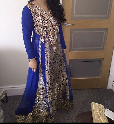 Blue Traditional Indian Dress (10/12)