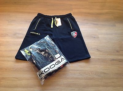 Leicester Tigers. Fleece Training Shorts. Medium, 32/36 Inches. New. X 2 Pairs