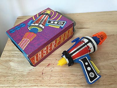 Toy RAYGUN - Space gun - 60s/70s - Space Toy - (35 of a whole collection of 38)