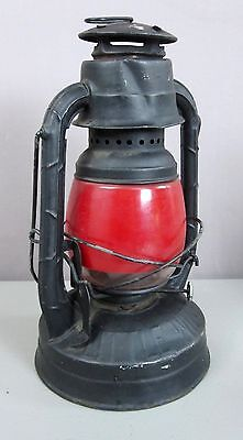 DIETZ LITTLE WIZARD__Vintage Red Globe Railroad/Barn Lantern/Lamp__SHIPS FREE