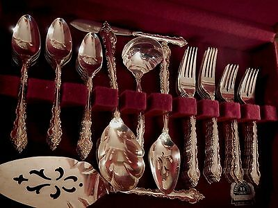 International DELICATO Deep Silver plate flatware set for 12 + xtr tspn 8 serv