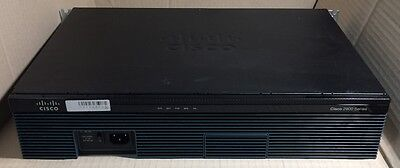 Cisco 2900 Series Integrated Services Router (CISCO2911/K9 V05)