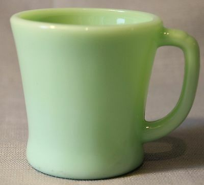 Vintage Fire King Jadeite Green Jade-ite D Handle Coffee Mug Very Nice +