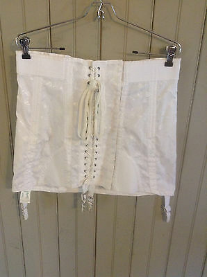 New w/ Tags! Vintage wht Rengo open Bottom lace up girdle w/garters sz 32