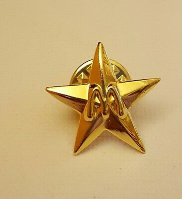 McDonald's Gold Tone Star with Arches lapel/hat pin