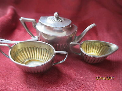 QUALITY, ANTIQUE 1904 MINIATURE ENGLISH STERLING SILVER 3 Pc. TEA SET ref 301