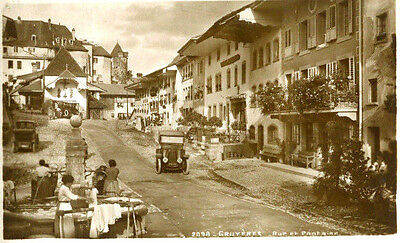 1920s postcard Vintage cars Rue et Fontaine GRUYERES Switzerland