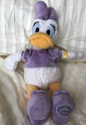 "Daisy Duck Soft Plush To Disney Store Exclusive & Authentic Original Toy 13"" VGC"