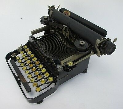 VINTAGE CORONA #3 Portable Folding Flip Typewriter