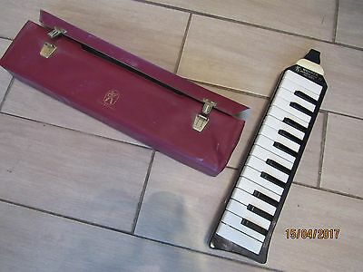 HOHNER MELODICA PIANO 26 16 touches blanches 10 noires GERMANY 1960 AVEC SAC !