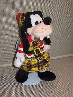 "CLEARANCE! DISNEY 9"" Scottish GOOFY in Kilt ~ Bean Bag Plush Toy ~ MINT with tag"