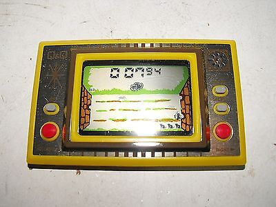 Vintage Q&Q Wide Screen Cat & Mouse Hand Held Game Model CG-003 GWO RARE!!