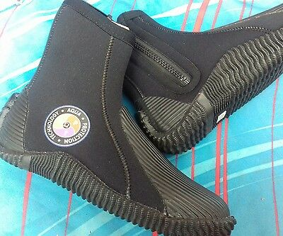 Northern Diver  APT   Neoprene Wetsuit Boot boots Size 4  scuba diving