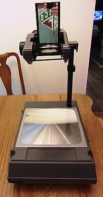 3M 2000 Transparency Projector Briefcase Style - Works Great !!