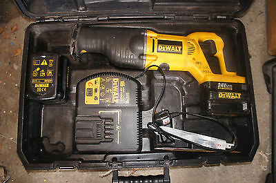 DeWALT DW008 24V Cordless Reciprocating Saw,charger and batteries.