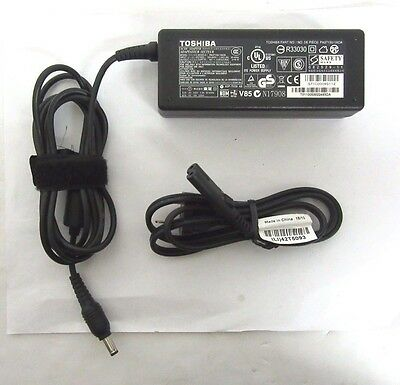 Genuine Toshiba PA3715U-1ACA AC Power Adapter 19V 3.95A