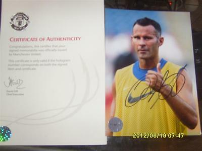 Signed Photo card of United Legend Ryan Giggs