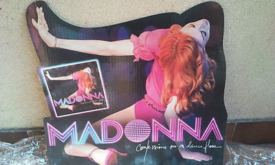Madonna Display Confessions On A Dance Floor (Little Version)