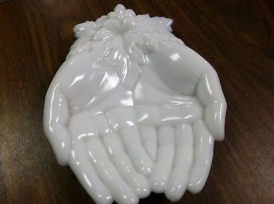 Vintage Queen Victoria Westmorlan white milk glass hands with grape leaves dish
