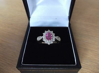Stunning 9ct Gold Ruby And Diamond Cluster Ring Size L