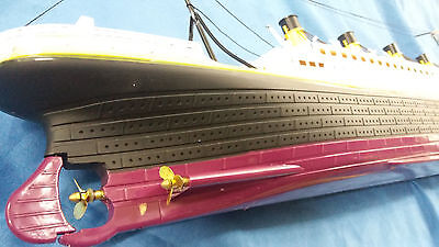 RC Titanic with led light RMS radio remote control scale model boat steering