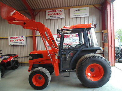 Kubota L4200 4WD, Used Compact Tractor, 1999, reg: R330 PST