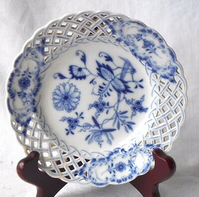 C19Th Meissen Blue And White Onion Pattern Plate With Basket Weave Border
