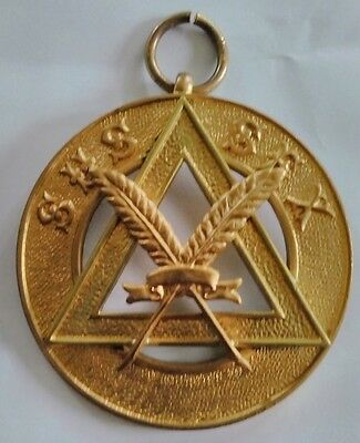 Masonic Sussex Provincial Royal Arch scribe collar jewel