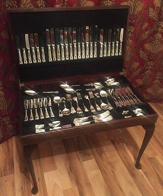 Stunning 124 Piece A1 Kings Pattern Cutlery Set In Tooled Leather Table
