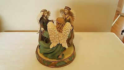 Circle of three angels candle