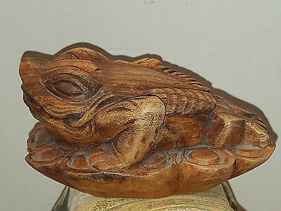 vintage asian Three Legged lucky Frog woods carving