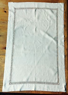 Vintage/antique linen table runner with pulled thread detail