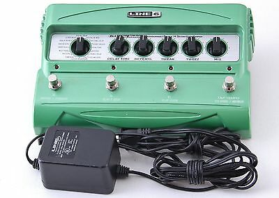 Line 6 DL4 Delay Guitar Effects Pedal & Power Supply P-00878