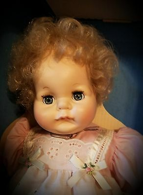"Vintage 22"" Vogue Vinyl & Cloth 1978 'Welcome Home' Baby Doll in Original Box!!!"