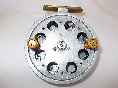 """VINTAGE 4"""" SPEEDIA CENTRE PIN REEL by W.R.PRODUCTS -- In Good condition"""