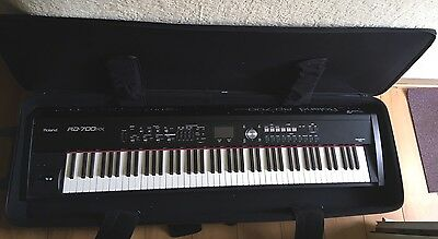 Roland RD700NX Digital Stage Piano
