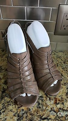 ANA A New Approach Brown Faux Leather Open Toe Strappy Sandals Women's Size 9.5