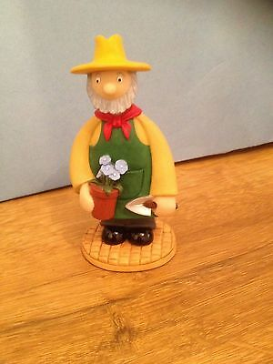 ROBERT HARROP - CAMBERWICK GREEN -FIGURE -mr bilton cg 42