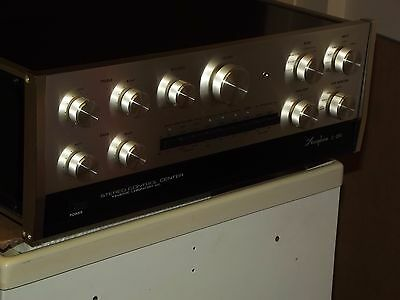 Accuphase C200 Stereo Preamp Excellent preamplifier with box and manual Serviced