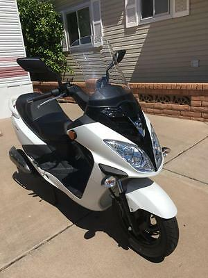 2016 SYM Scooter Model RV 200 EVO -- 171 CC