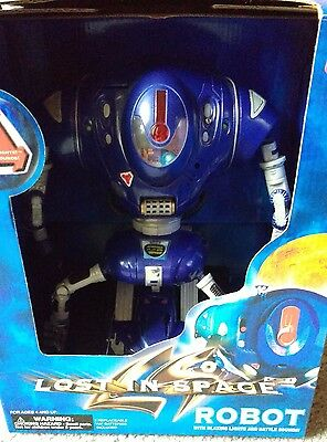 1997 Lost In Space Robot with Blazing Lights and Battle SoundsTrendmasters,Boxed