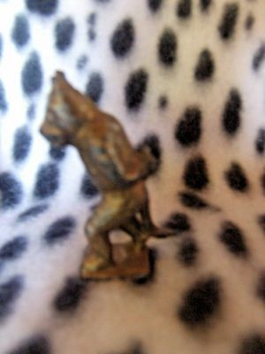 """Vintage Tiny Felix the Cat Metal 1.75""""  Very Old and in  Exc Condition"""