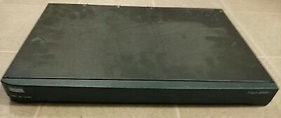 Cisco 2650XM router 2600 series with two serial DSU T1 cards