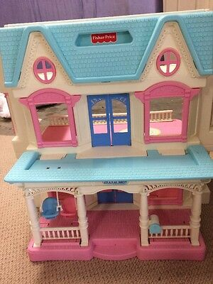 Vintage Fisher - Price Loving Family doll house. Very good, clean condition.
