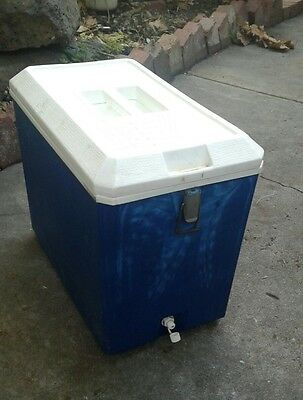 vintage esky cooler drainage drain hole camping retro beer sports drinks