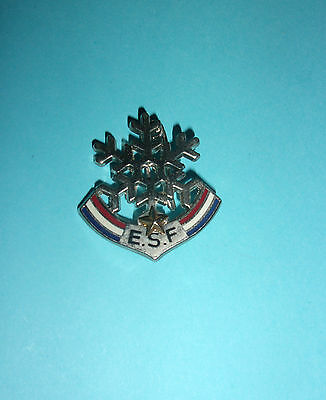 Badge / broche E.S.F ( 1 étoile )