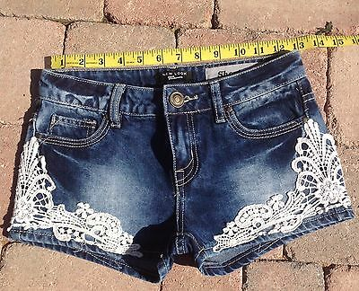 Girls shorts age 11 New look blue denim / lace   148 cm New without tags