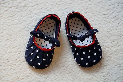 New ...  MOTHERCARE pretty soft baby girl shoes. UK2